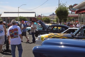 CRAFT BEER, 160-SCENIC MILES, LIVE MUSIC, HUNDREDS OF VINTAGE CARS – IT'S THE 29TH ANNUAL ROUTE 66 FUN RUN